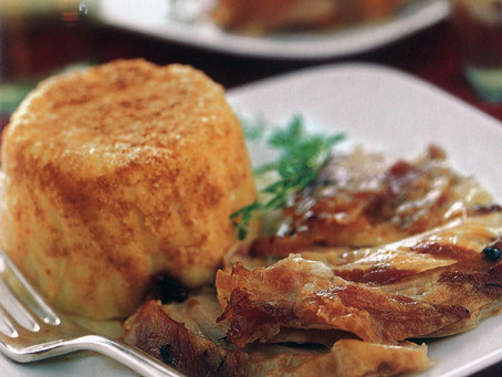 Cosciotto di tacchino con tortini di patate e sedano rapa