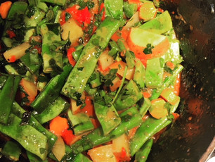 Greek style braised green beans