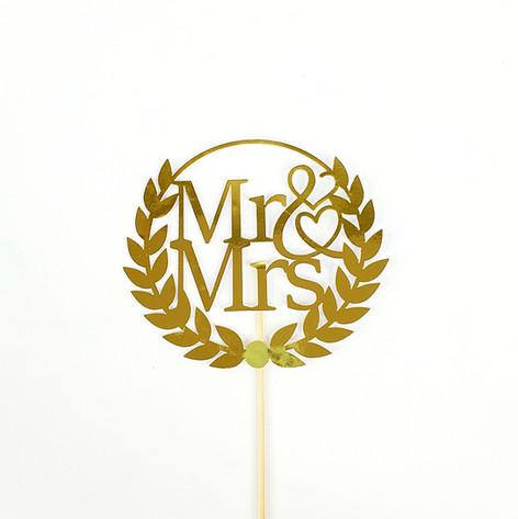 Wreath - Mr & Mrs CT
