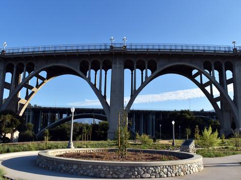 Bridging Between Communities