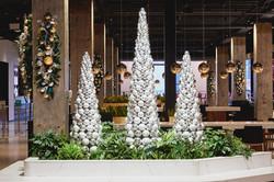 Holiday decorations: Merchandise Mart