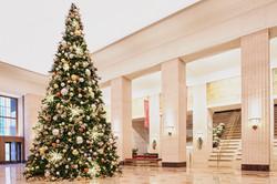 Christmas tree: Merchandise Mart