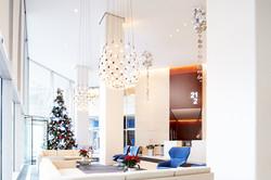 Christmas tree: 150 N Michigan Ave