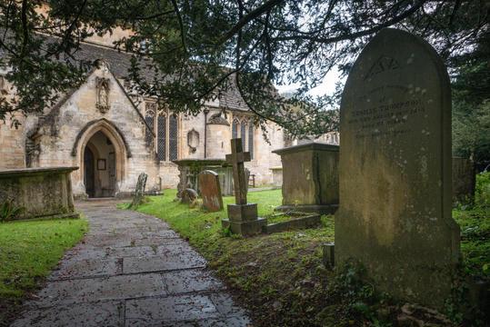 18 - St Andrew's graveyard