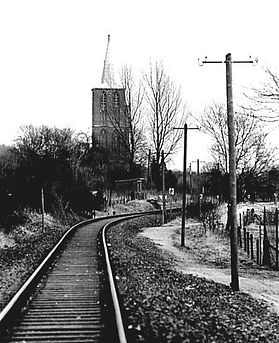 1955 Klimpstrecke mit Kirche 2.JPG