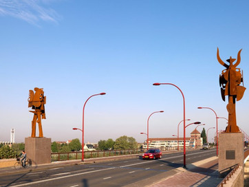 The Sentinels on the bridge in Venlo are one of the 100 key works appointed by 'BK-Informatie&#3