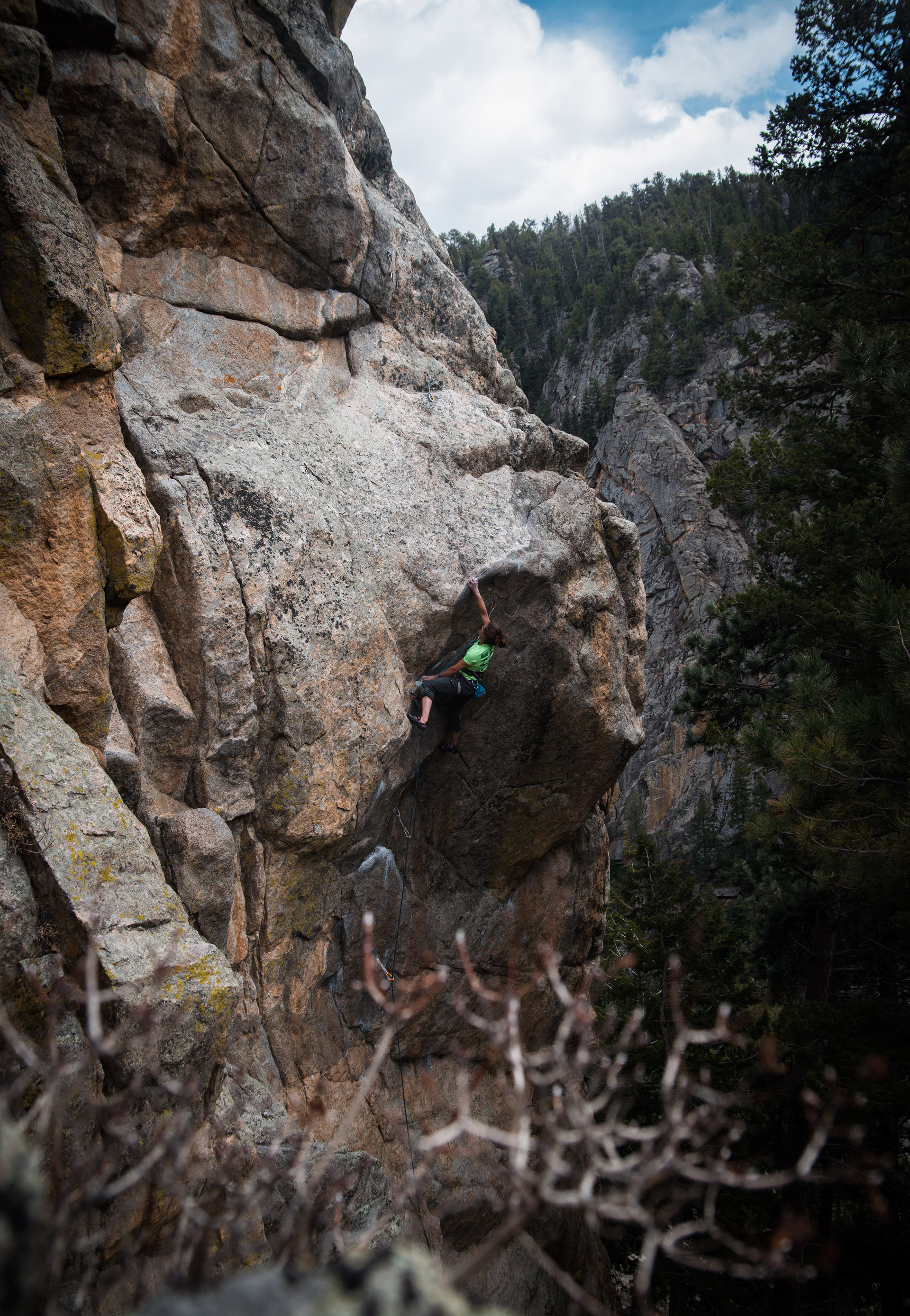 Animal Riots Activist 5.12a in Boulder Creek. This climb felt works up an easy but technical face to a big-move-if-you're-short crux! Alicia gave it some serious burns but it looks like this one will go next time.