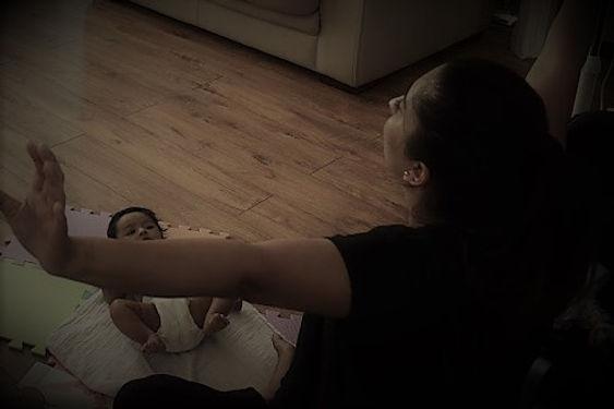 Baby Massage website mumma stretch edite