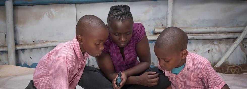 A Montessori lesson in the slum!