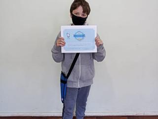 Aluno do Projeto Super Cérebro recebe certificados