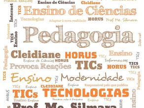 Acadêmicas de Pedagogia desenvolvem atividades em ferramentas digitais