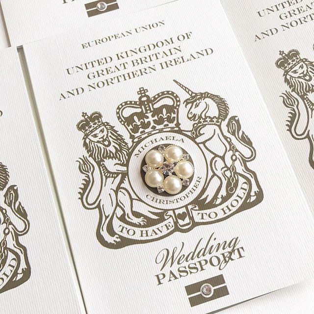 Sparkly Wedding Passport with pearl & diamanté detail. Request a free and personalised sample by visiting www.byinvitationly.co.jpg