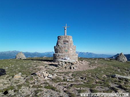 Ascensión al pico Valdecebollas desde el Golobar