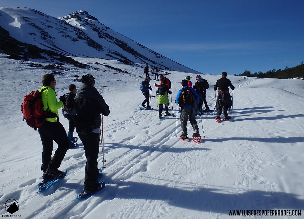 En las faldas de Peña Cueto y del Pico Fraile antes de acomenter el ascenso hasta el collado antes de la cima.
