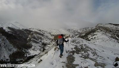 Utilizando los bastones Boj de Altus durante una actividad invernal