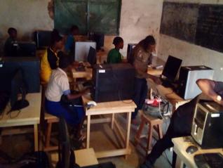 L'informatique pour contrer l'exode rural...