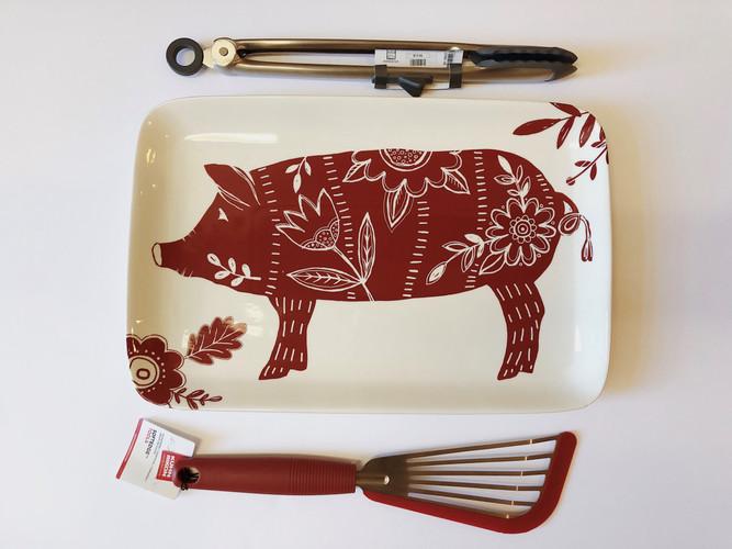 Pig platter gift idea.jpg