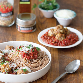Spaghetti with Spicy Marinara & Meatballs