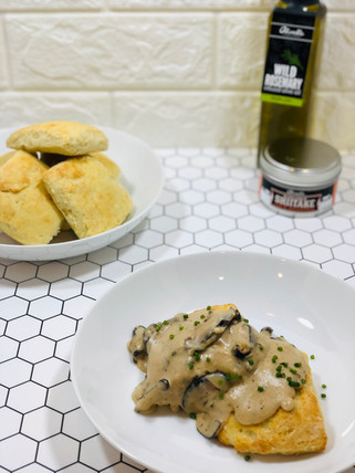 Olive Oil Biscuits with Mushroom Gravy