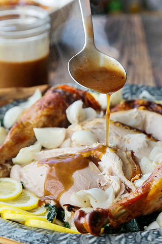 Balsamic Turkey Gravy