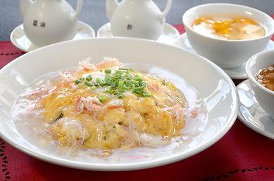 9月おすすめカニと野菜の天津飯