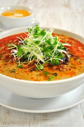 牛肉の担々麺
