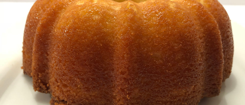 "6-inch Southern ""7-UP"" Pound Cake"