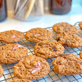 Chewy Flourless Almond Butter Cookies