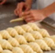 Faire des croissants