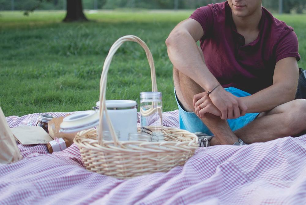 Ein Picknick ist  genau das richtige für heiße Sommertage