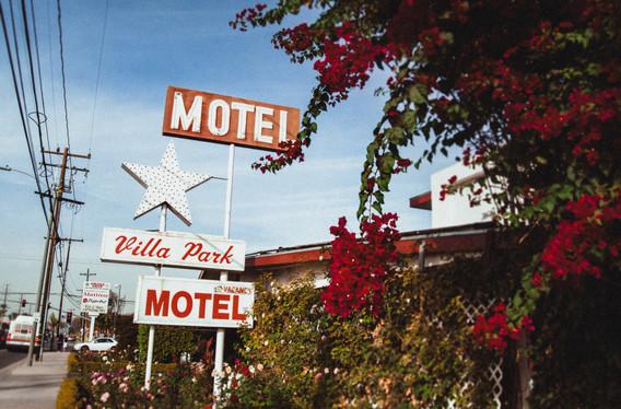 villa park motel-2.jpg