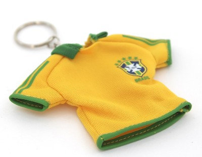 BrTsKe - Brazil T-Shirt Keychain, 8.5cm