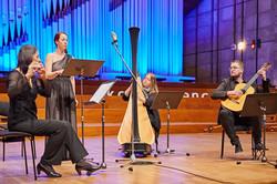Performing Stravinskij