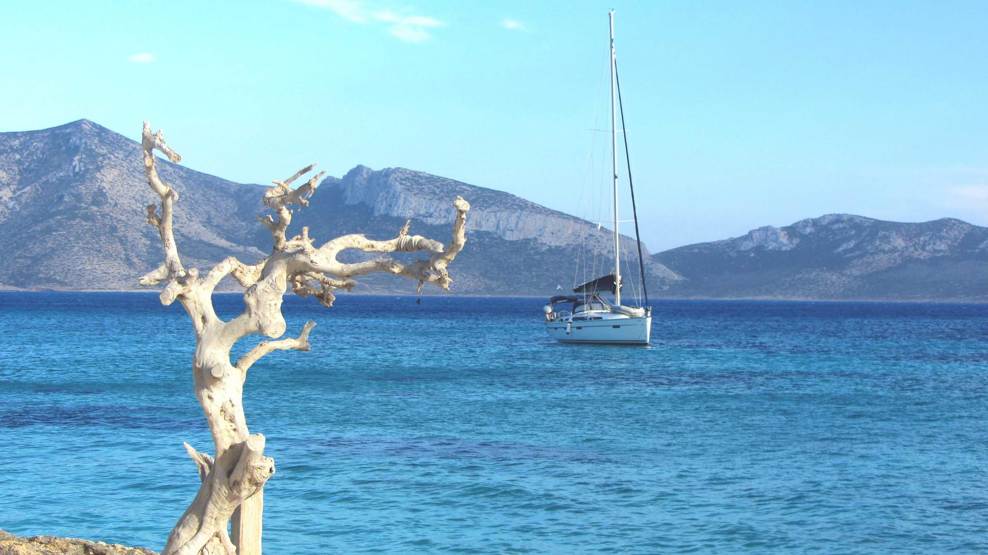 sailboat-persp-natural.jpg