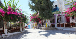 Village Antiparos.jpg