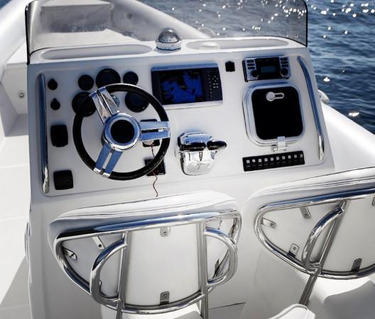 Scorpion 100 G2 Cockpit