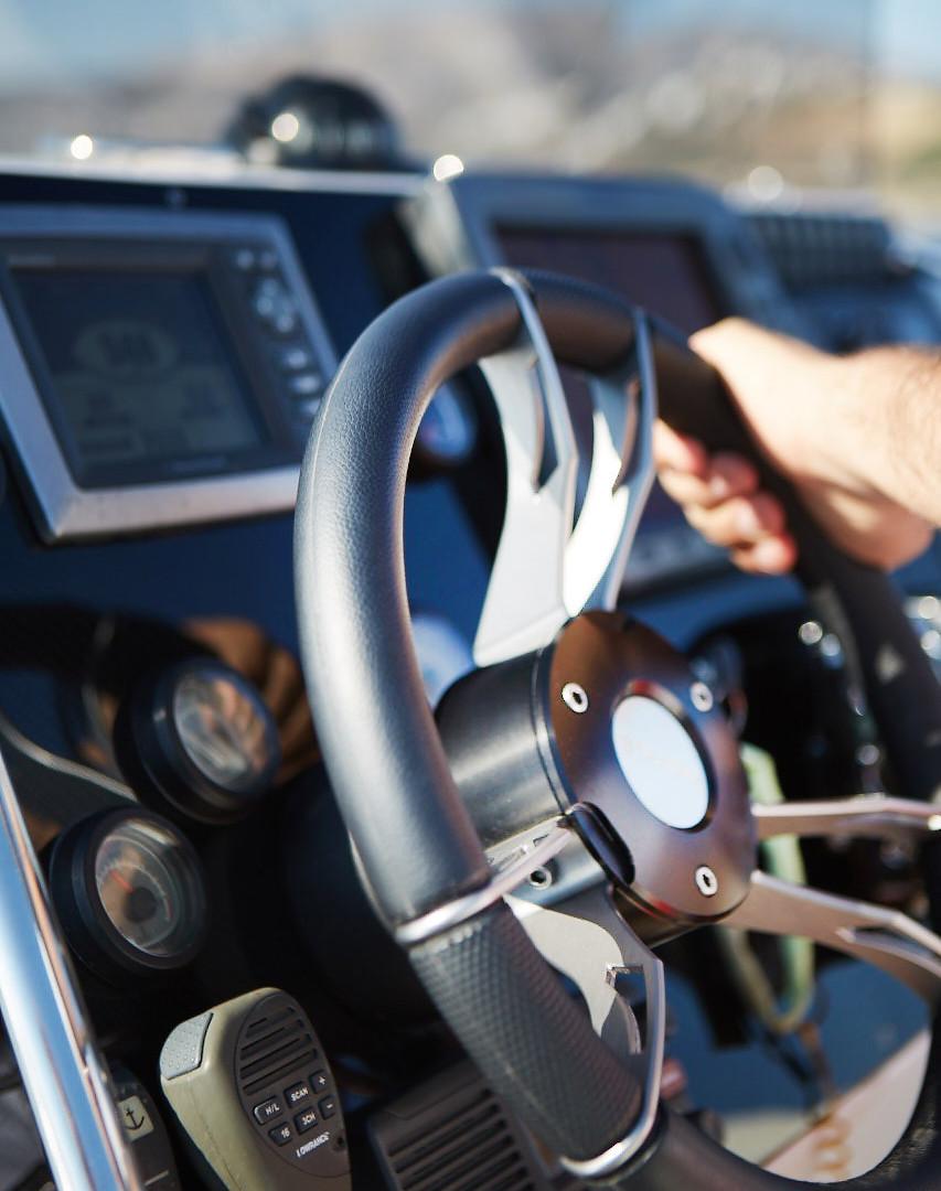 Scorpion 860 G2 Cockpit Detail