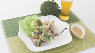 筋肉飯!真鯛と肉巻きブロッコリーのフリッター