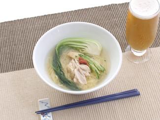 鶏手羽湯麺