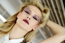 ritratto make up blonde