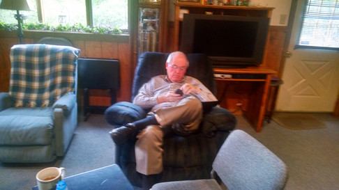 IPHC Bishop Thompson relaxes at RGM
