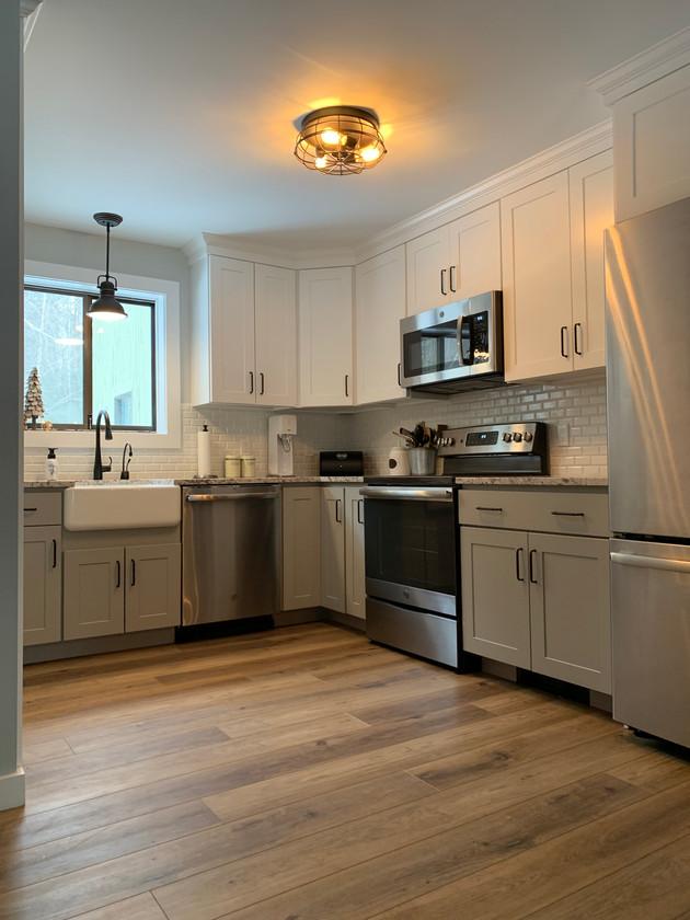 Farm Sink Cottage White Kitchen Cabinets