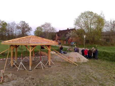 Es wird ein Spiel-und Dorfplatz in Agethorst gebaut