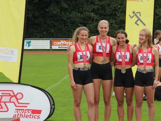 Lea und Elina gewinnen mit LZO-Team U18W Bronze über 4x100m!