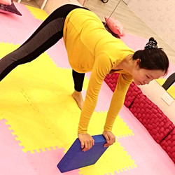 外聘講師:瑜珈療癒師Yoga Therapist Purna Lai