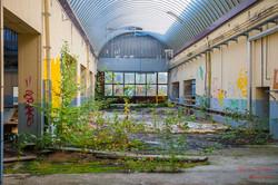 2017-09-03_Aurélie_Camusso_32_eme_usine_abandonné_(8)