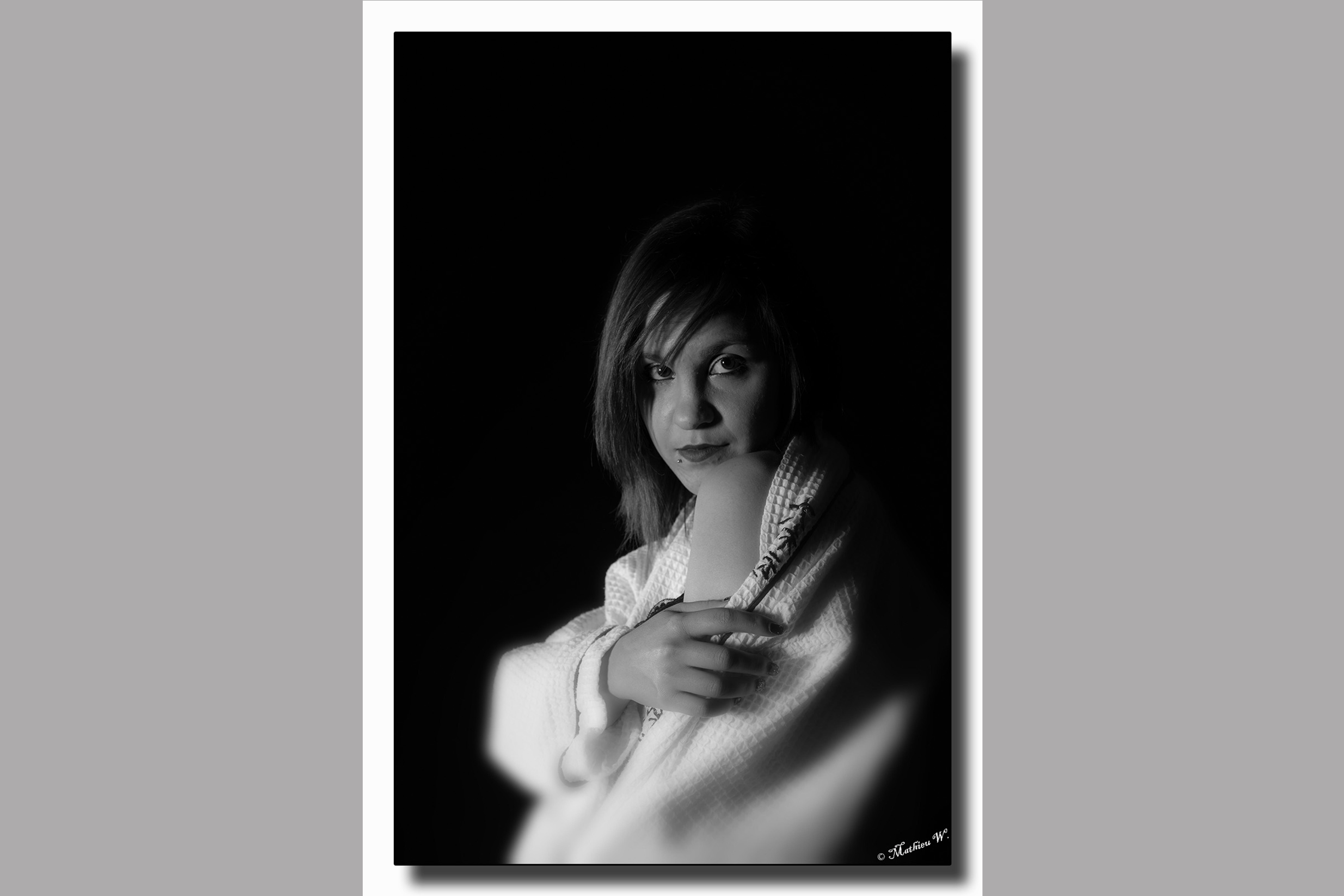 2015-11-19 Audrey Birger - fond noir - stage (56)-Modifier