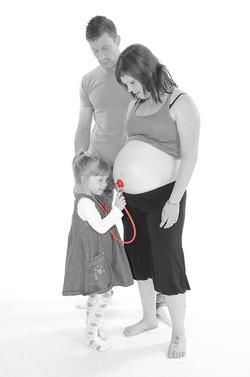 0007 2011-2012 Stephanie Daum grossesse 2012-06-03 9 mois + la famille (82)
