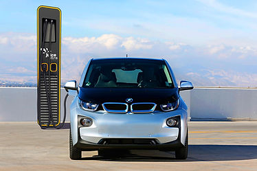 BMW i3 wird am Juice Ultra geladen