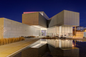 Architecture 3rd - Art Museum at Night